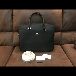 Coach Laptop Bag Woman's Leather Black  NWT F39022